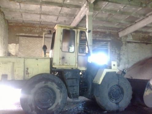 В поселке Оршанка загорелся трактор-погрузчик