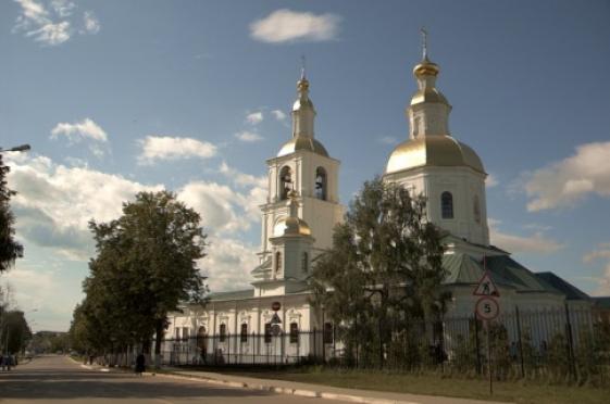 Православные верующие отмечают День памяти Серафима Саровского
