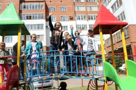 Ко дню города в Йошкар-Оле появится сто новых детских площадок
