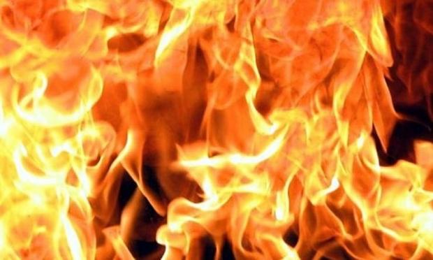 На улице Островского сгорел дом