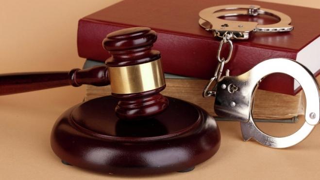 Уголовное наказание для террористов-шутников увеличили до 10 лет