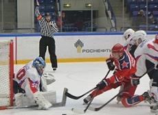 В чемпионате ВХЛ «Ариада» терпит третье поражение подряд