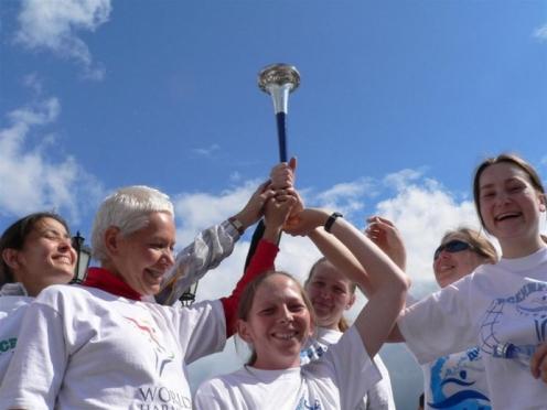 Участники Международной факельной эстафеты мира покидают Марий Эл
