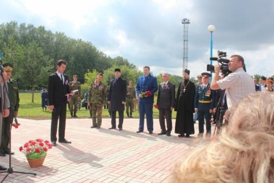 Памятник павшим в локальных войнах открыли в поселке Медведево
