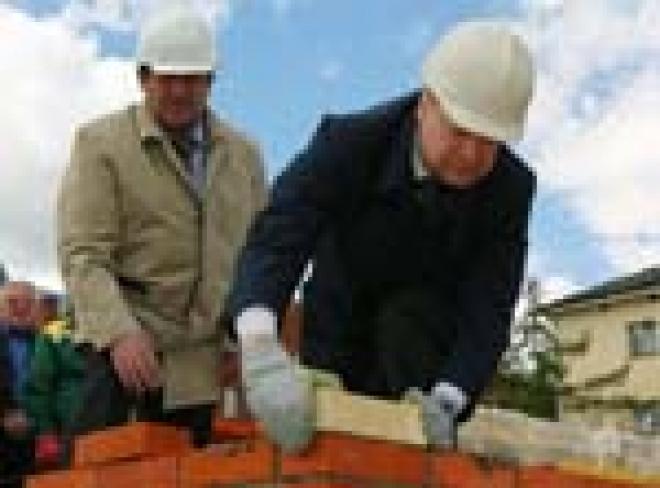 Президент Марий Эл поработал строителем