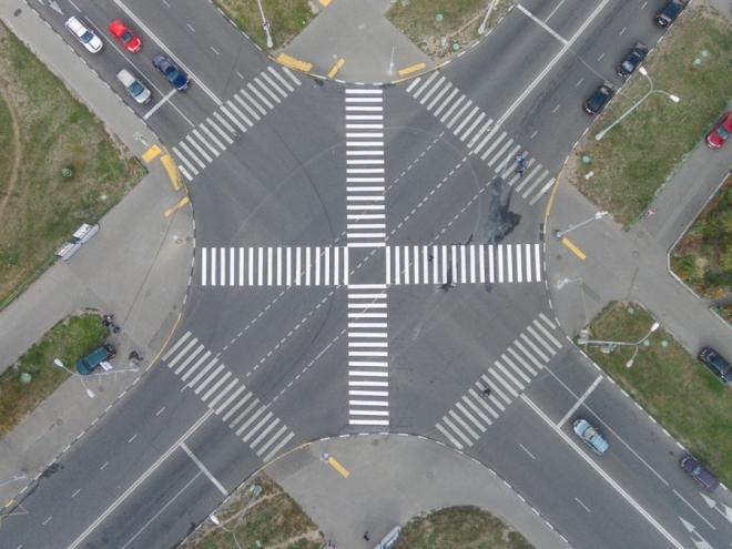 Первый диагональный пешеходный переход появится на пересечении улиц Комсомольской и Кремлевской