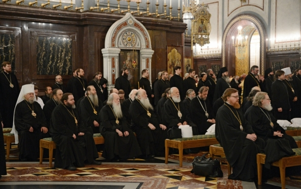 Архиепископ Йошкар-Олинский и Марийский Иоанн отправился на Архиерейский Собор