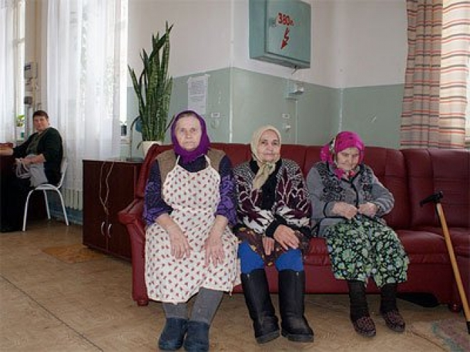Более 500 писем и открыток пришли в адрес одиноких пожилых людей