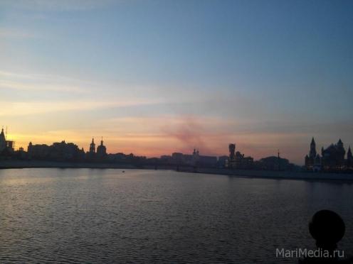 Специалисты ГУ МЧС объяснили причины вечернего смога над Йошкар-Олой