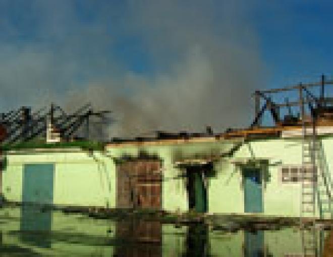 Предприниматели, пострадавшие от вчерашнего пожара на ул. Водопроводной, подсчитали свои убытки
