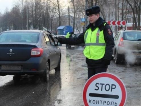 Апрель начался с тотальных проверок водителей на трезвость