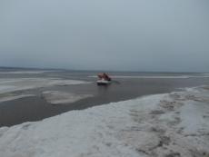 В Горномарийском районе со льдины сняли четырёх рыбаков