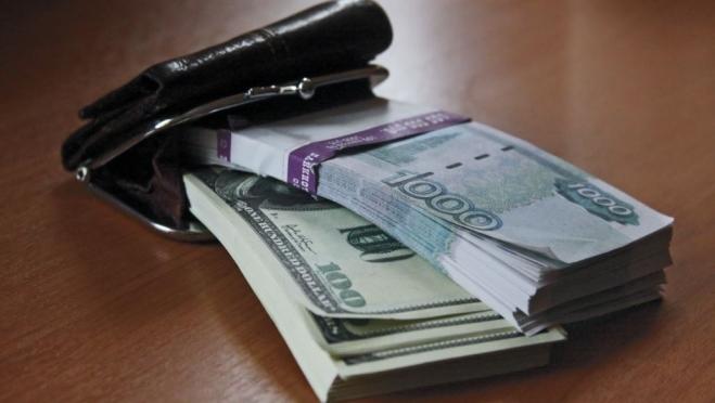 В Марий Эл задолженность по зарплате за месяц выросла на 700 тысяч рублей