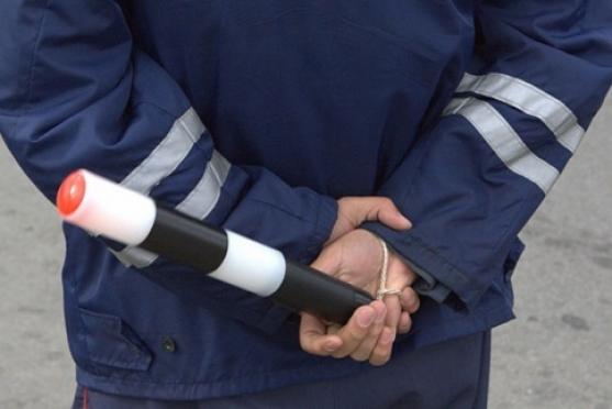 Сотрудника ГИБДД подозревают в сбыте краденного