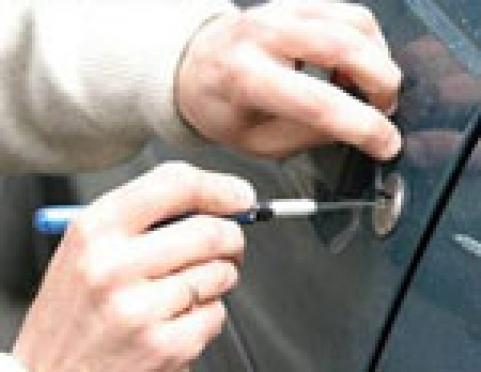 В Йошкар-Оле (Марий Эл) задержан серийный взломщик автомобилей