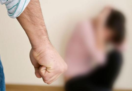 14-летняя дочь написала заявление в полицию на отца-садиста