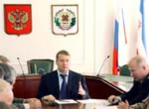 Леонид Маркелов согласовал свой доклад о молодёжной политике с делегатами со всего Приволжского федерального округа