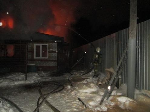 Пять человек попали в больницу в результате пожара в Марий Эл