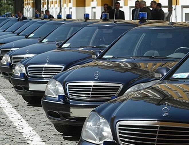 Народным избранникам выделят по 700 тысяч рублей на транспортные расходы