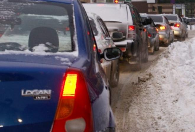 Автомобилистов Марий Эл в обязательном порядке «пересадят» на зимнюю резину?