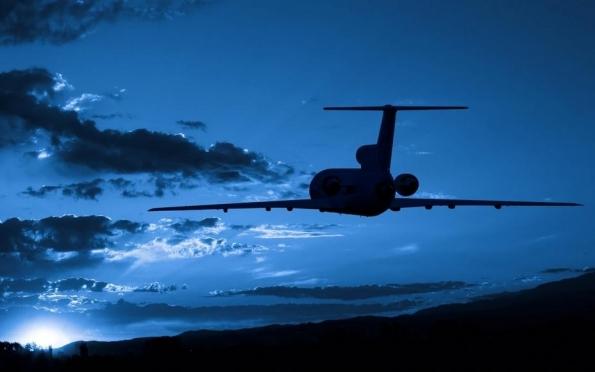 Иностранные авиакомпании поднимают цены на билеты