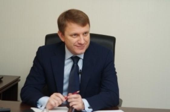 Экс-депутат Госдумы улетел обратно в Москву, но обещал вернуться