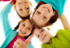 Семьи с усыновленными детьми могут рассчитывать на новые пособия
