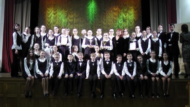 Йошкар-олинские школьники споют в «Артеке»