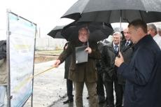 Леонид Маркелов посетил объекты, включенные в республиканскую инвестиционную программу
