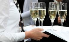 Шампанское в России не может стоить дешевле 164 рублей