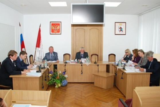 В марийском парламенте начали работу над законом о «наливайках»