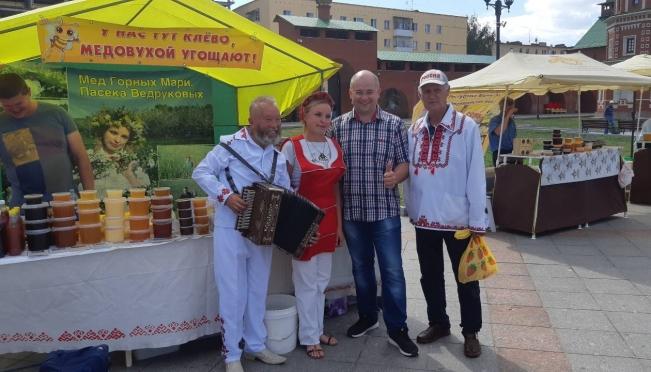 В Йошкар-Оле открылась сельскохозяйственная ярмарка
