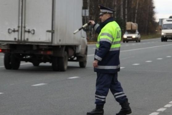 Сотрудники ГИБДД в эти дни несут службу в усиленном режиме