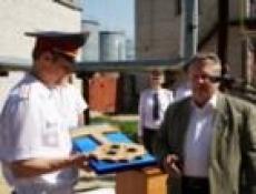 Милиционеры Йошкар-Олы получили ключи от квартир в новом доме