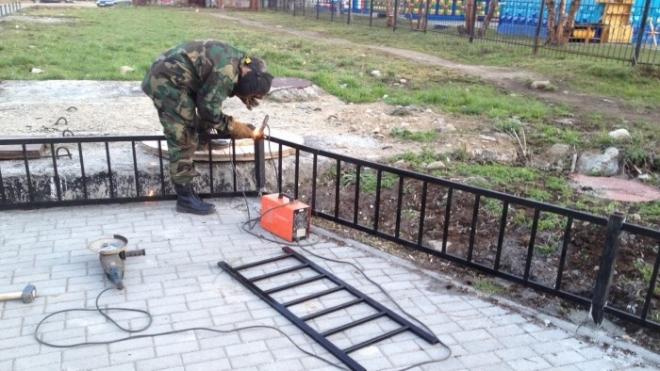В центре столицы проведут демонтаж устаревшего пешеходного ограждения
