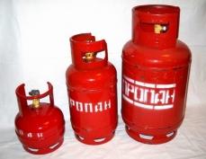 Оператор АГЗС заправлял сжиженным газом бытовые баллоны