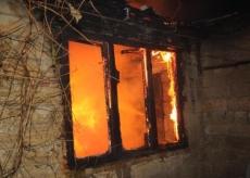 В посёлке Новый Торъял неизвестные подожгли жилой дом