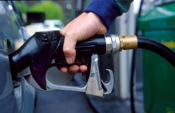 Цены на бензин неустанно растут