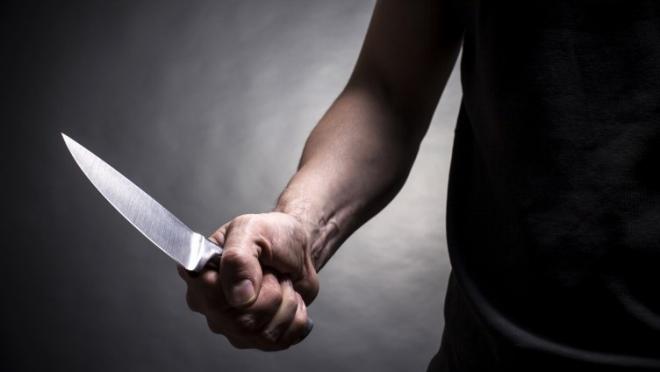 Ревнивец зарезал подругу на глазах её коллег