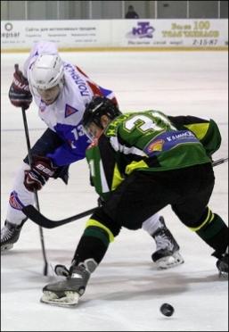 «Ариада» потерпела третье поражение подряд в регулярном чемпионате ВХЛ
