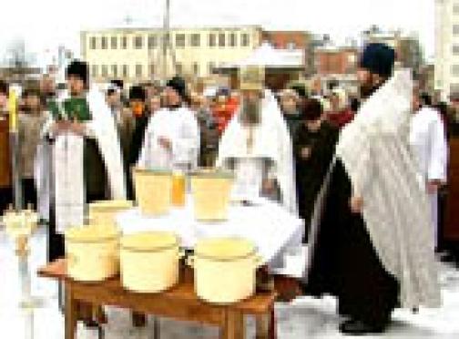 Завтра в храмах Марий Эл освятят сочельническую воду