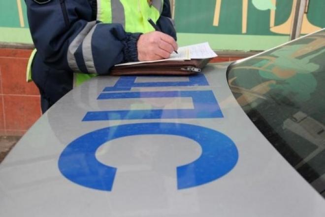 В Звениговском районе иномарка врезалась в КамАЗ