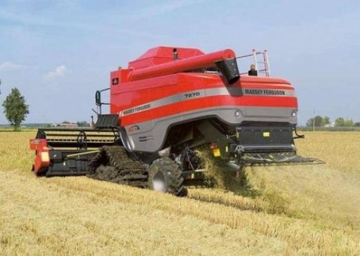 Аграриям навязывают отечественную спецтехнику