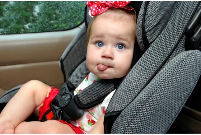 Детей-пассажиров до 12 лет смогут перевозить только в автокреслах