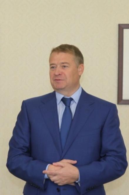 Леонид Маркелов вручил государственные награды выдающимся жителям республики
