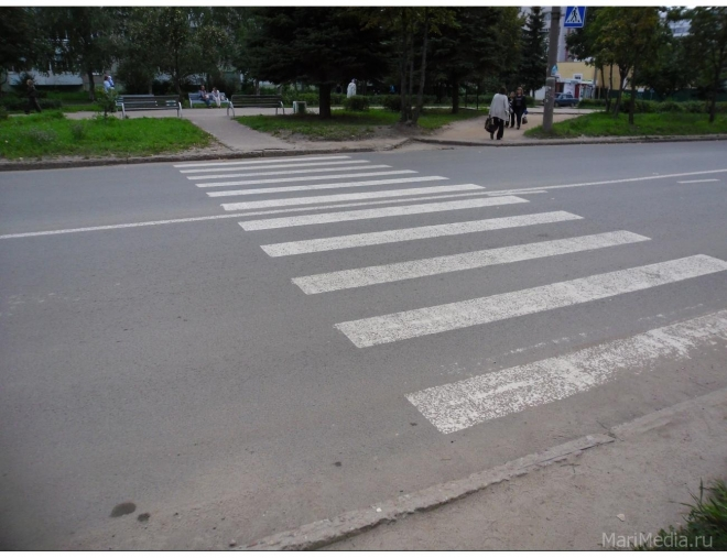 Три человека были сбиты на пешеходных переходах в выходные дни