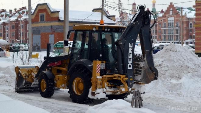 Мэрия Йошкар-Олы планирует за неделю очистить от снега порядка 280 дворов