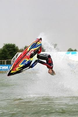 Водно-моторные соревнования постер