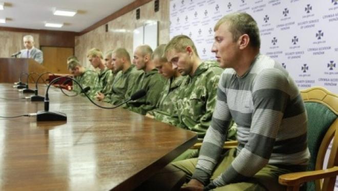 Задержанных на территории Украины десантников вернули в Россию