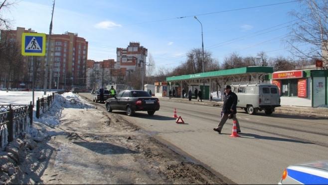 В Йошкар-Оле на пешеходном переходе сбили 9-летнего школьника